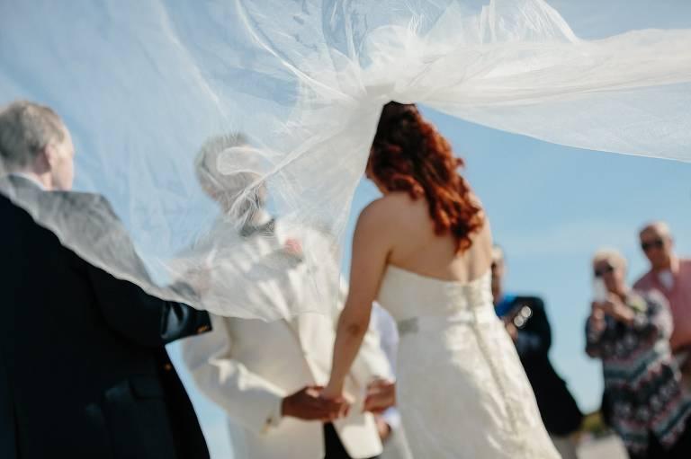 Round Hill Community Golf Club, New England Wedding, Coastal Wedding Photography, Beach Wedding, Wind, Veil, Wedding Dress, Ceremony